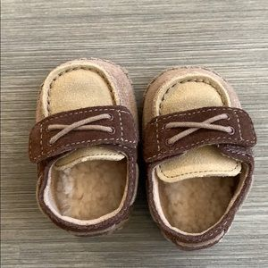Baby ugg Sherpa shoes size 0/1